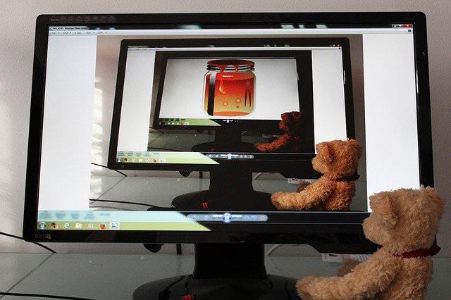 【windows10対応】パソコンの覗き見防止を設定するフリーソフト