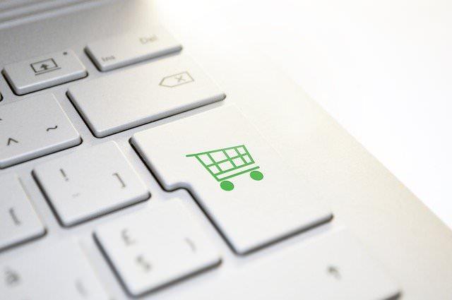 【元プロが断言】パソコンはどこで買うべきか?答えは直販サイトです