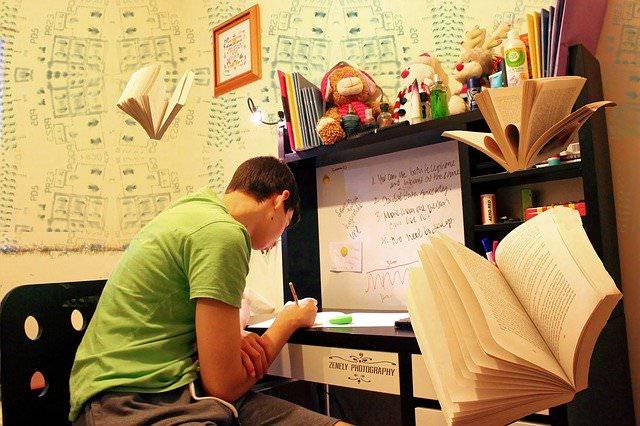 プログラミングの独学は無理ではない【簡単ではないが達成可能】