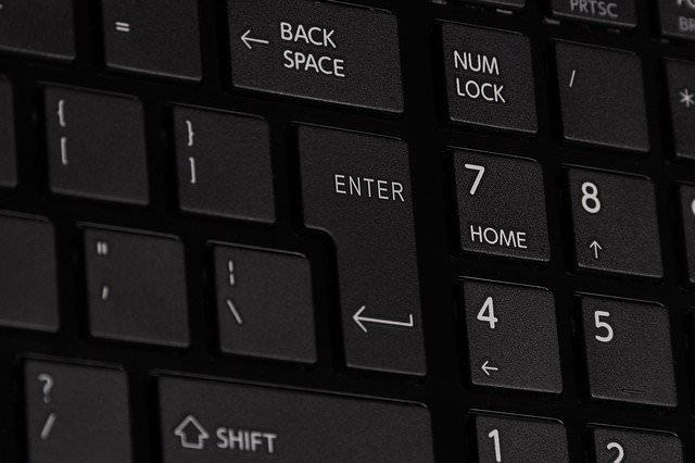 パソコンで累乗の入力方法【全角数字から変換出来ることを覚えておけばOK】