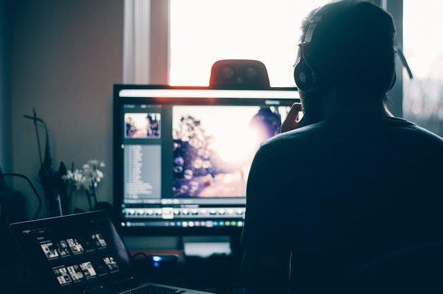 おすすめノートパソコン【本格的なオンラインゲームや動画編集、3DCAD、マルチタスクなアプリ利用向け】