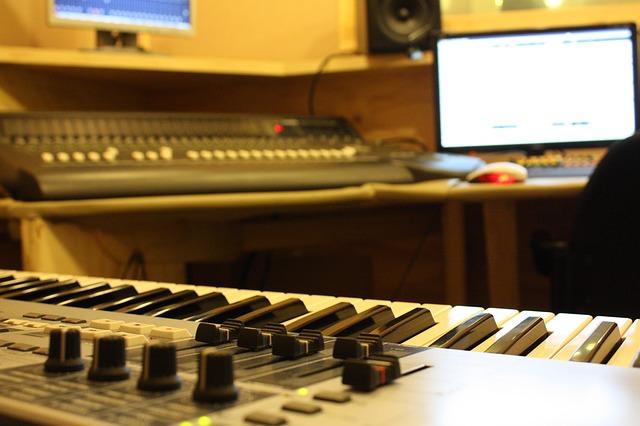 パソコンを使ったピアノの打ち込み【必要な機材はコレ】